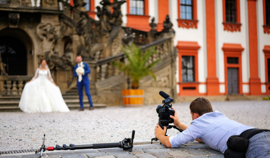 Hire Experienced Videographers For Your Wedding